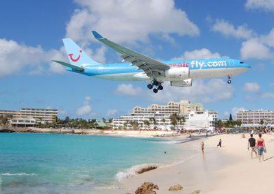 Maho_beach_Plane_Landing-St-Maarten-02