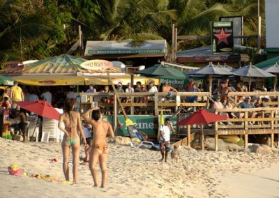 Maho_beach_Plane_Landing-St-Maarten-03